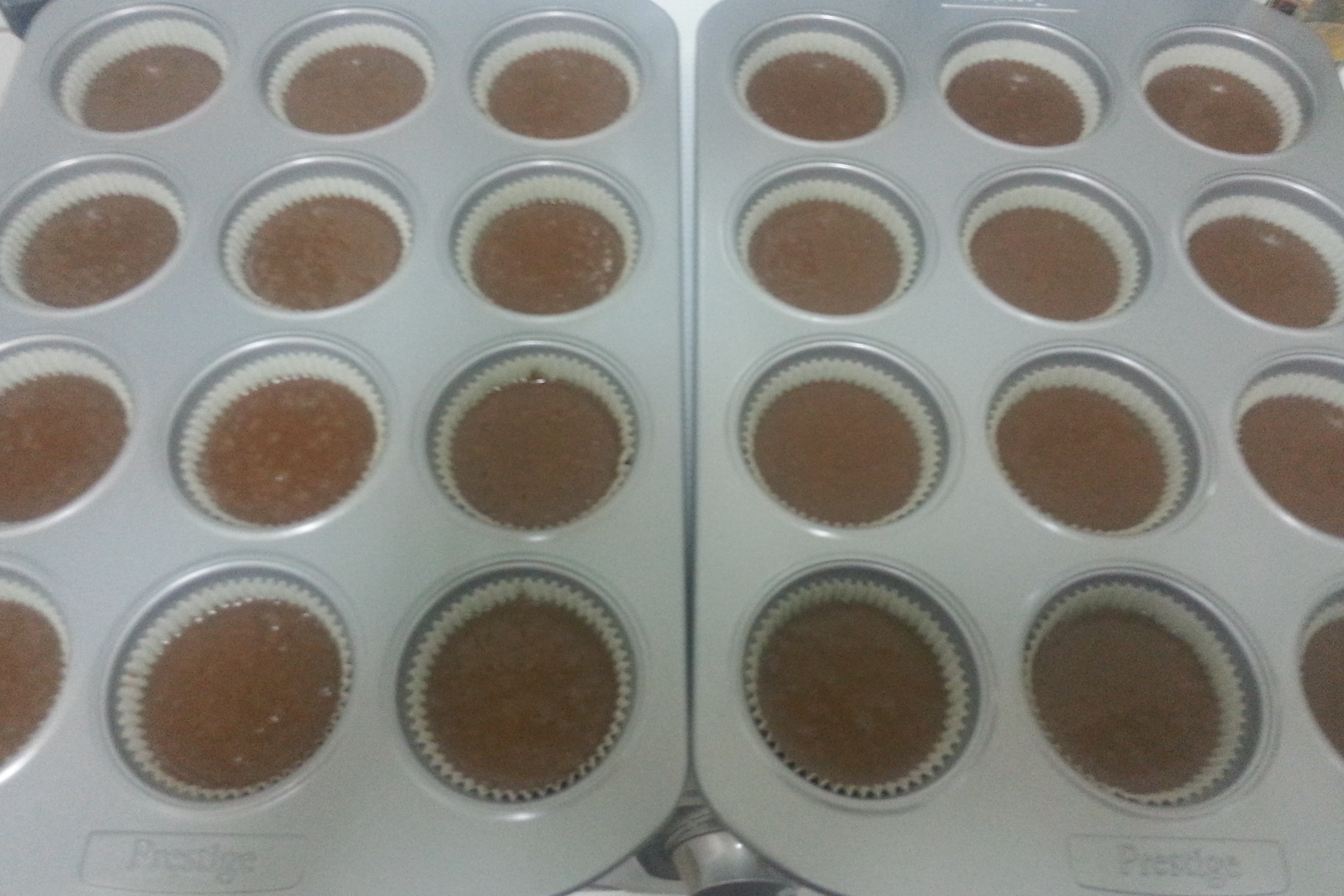dry ingredients - chocolate banana cupcakes